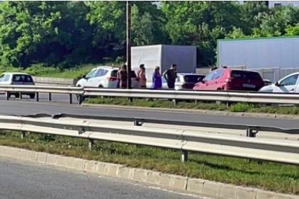 6 коли се удариха на Околовръстното при Драгалевци, има задръстване