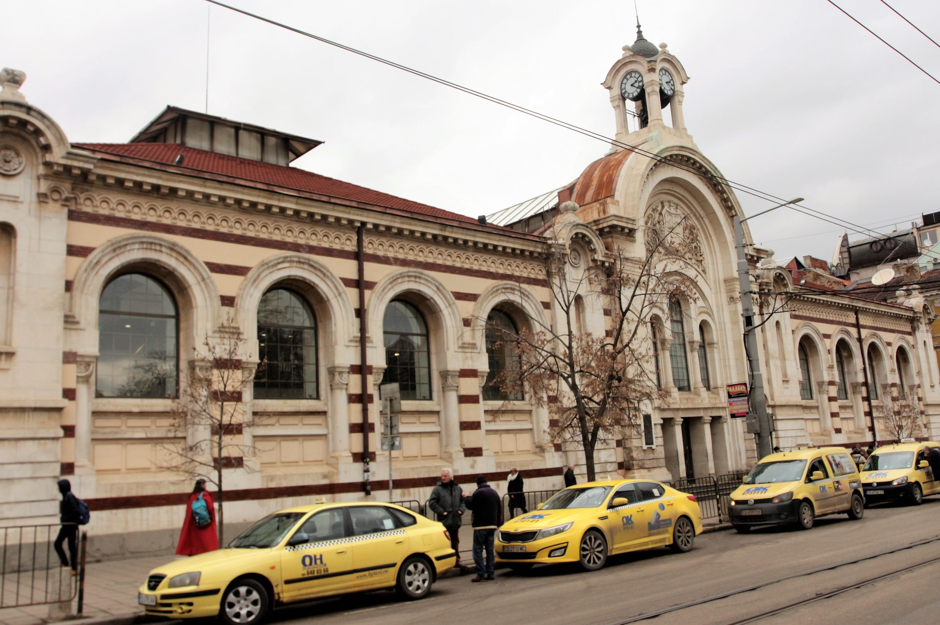 Пуснаха петиция за защита на софийските Хали