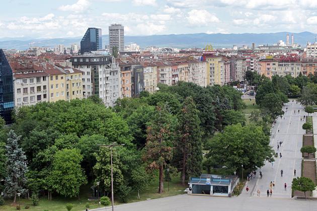 За второто тримесечие на тази година близо 10 хиляди имотни сделки в София