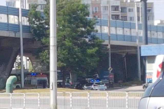 "Катастрофа с пострадали под моста на ""Дружба"" 1"