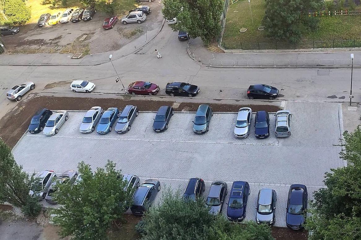 """Три нови паркинга са готови и се ползват от хората в """"Люлин"""""""