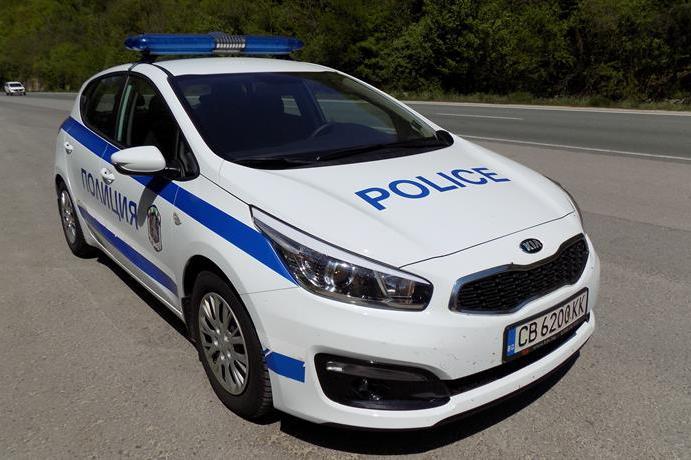 Пътна полиция регулира движението по София - Монтана