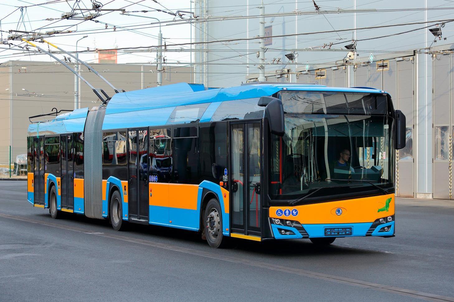 Фандъкова: Столичани вече ползват тролейбуси, обновени на 100 процента