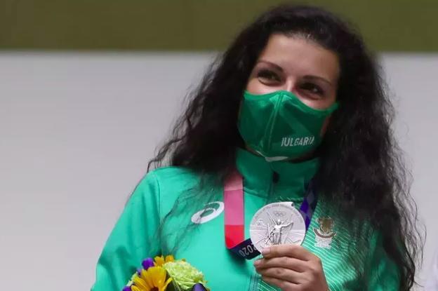 Антоанета Костадинова спечели сребро на Олимпийските игри в Токио