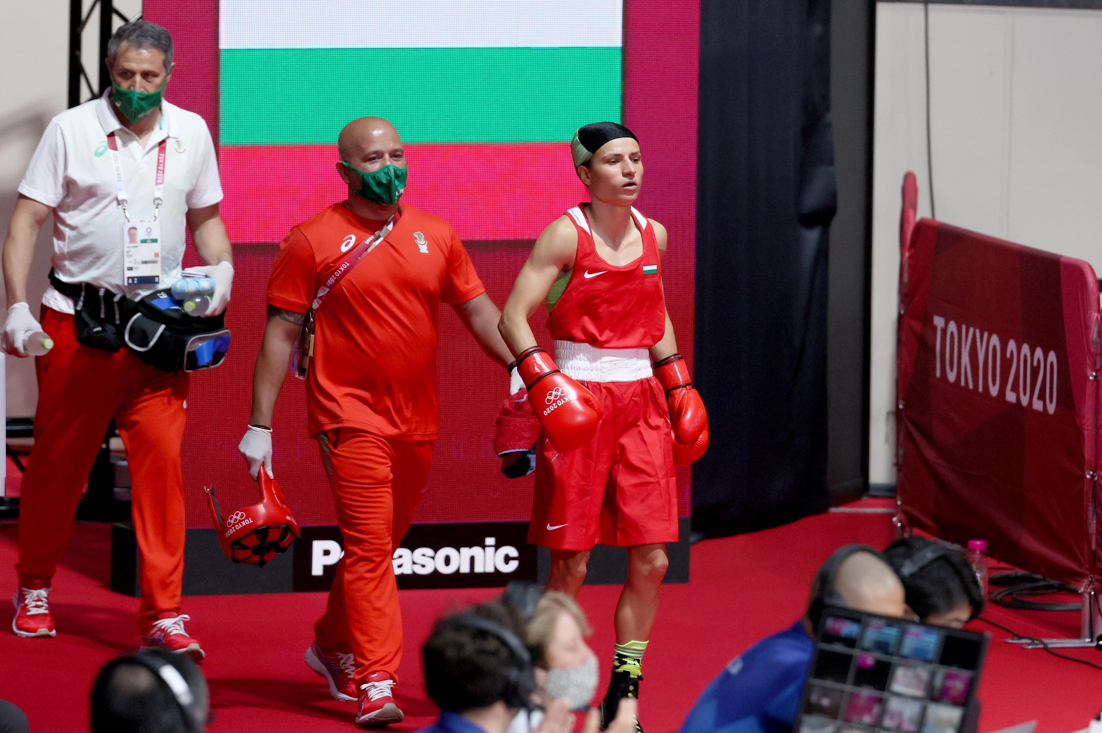 Възпитаничката на столичния Локо Стойка Кръстева е на 1/8 на бокса в  Токио