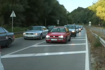 За пореден път: Огромни тапи на влизане от Перник към София