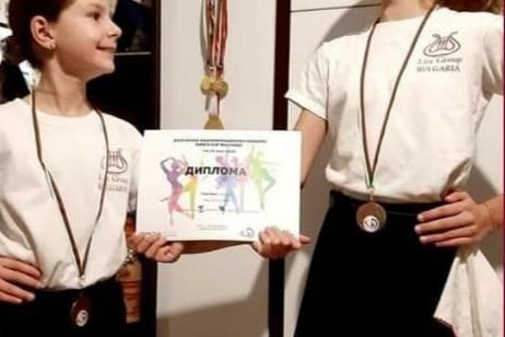 Танцьорки от Банкя в челната десятка на световен конкурс