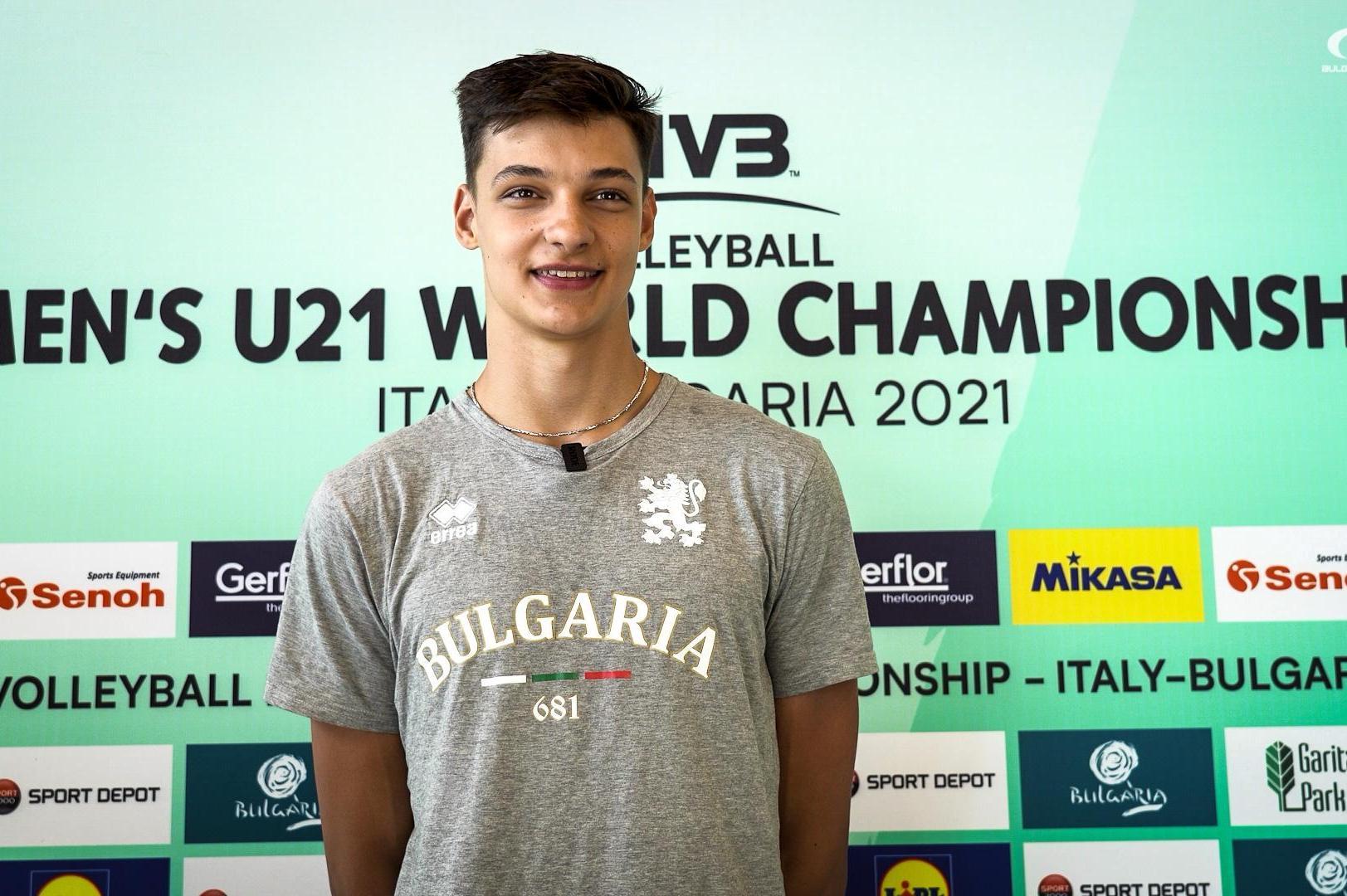 Христо Стоичков е любимият български спортист на волейболния талант Алексан