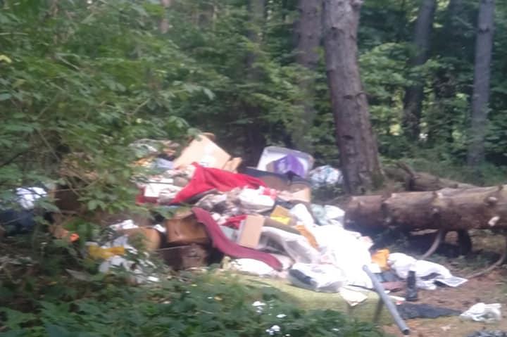 Пак заринаха с боклуци пътеката над Драгалевския манастир