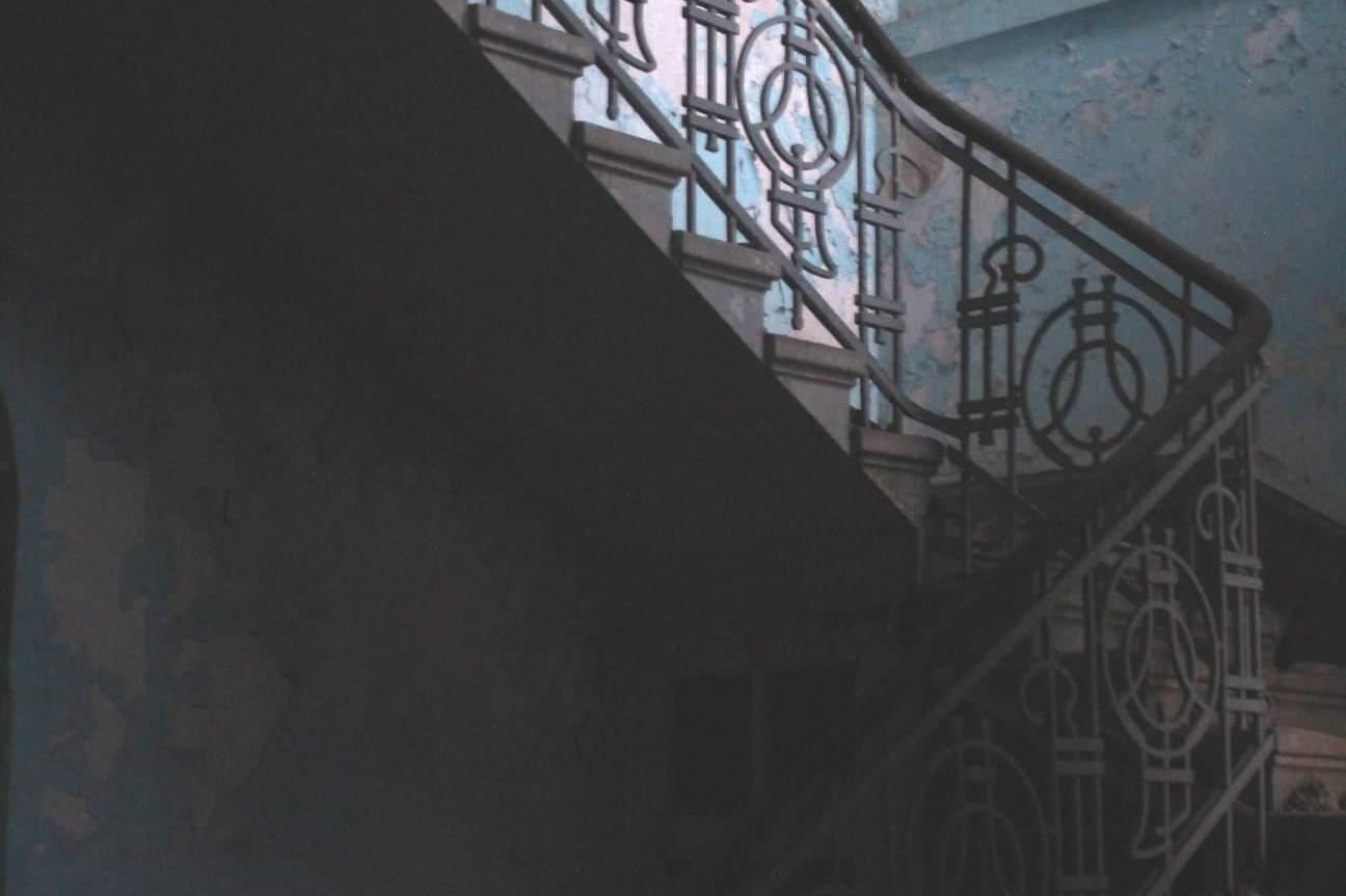 """Ивайло Дончев с дебютна благотворителна изложба """"Живот след смъртта"""" на сто"""