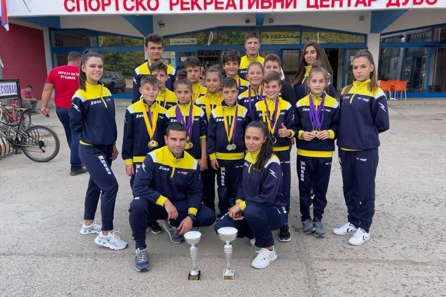 Софийският MAXsport се завърна с 15 златни медала от Лесковац
