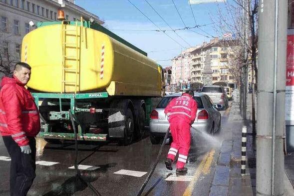 """Мият """"Симеоновско шосе"""" в София, забранява се влизането на автомобил"""