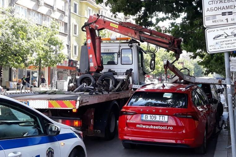"""Софийският паяк се изложи, изпусна румънска шкода на """"Стамболийски"""" и """"Боте"""