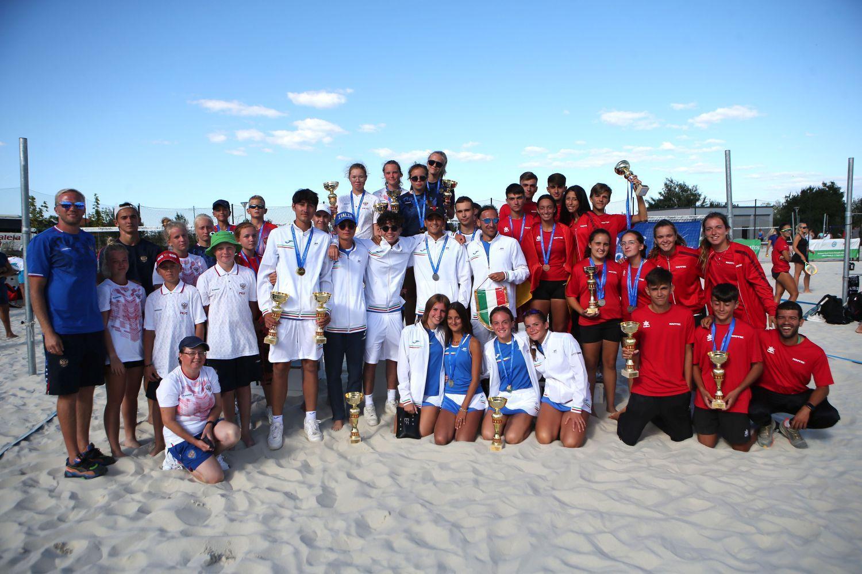 България с 12 тенисисти при мъжете и жените на Евро`21 по плажен тенисв Соф