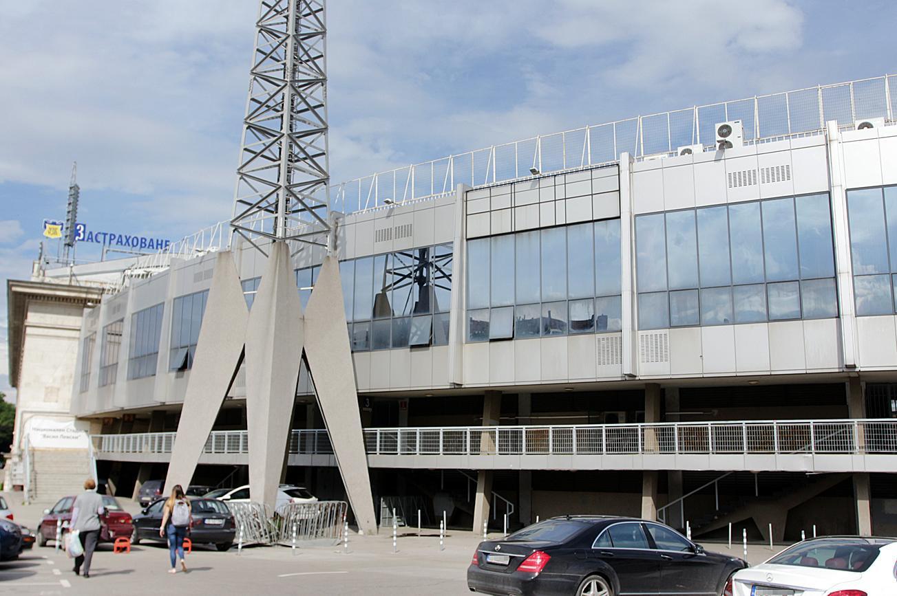 """Ограничават престоят и паркирането на стадион """"Васил Левски"""" на 26 септемвр"""
