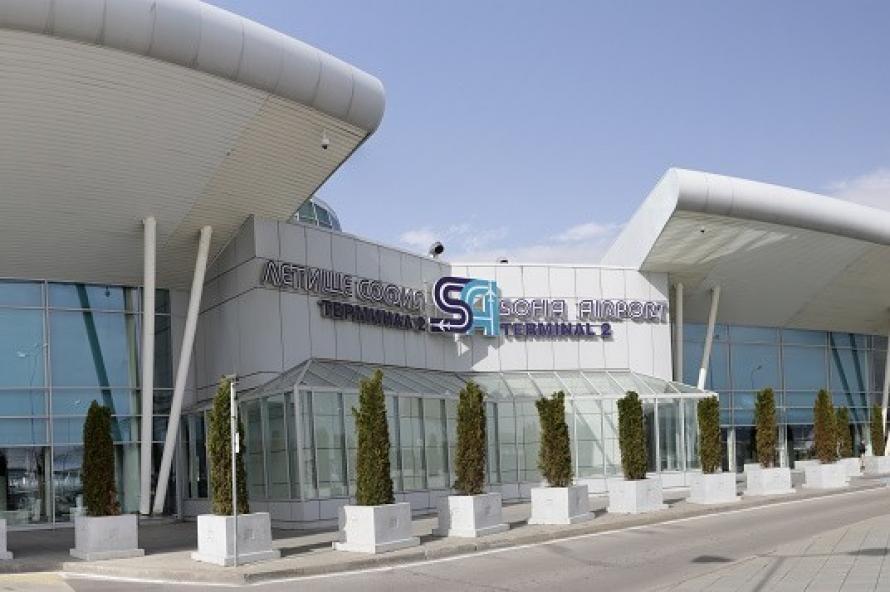 Сигнал за бомба създаде напрежение на Летище София