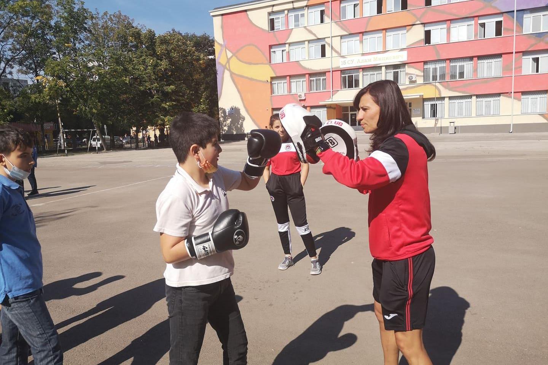 """Олимпийският шампион по бокс Стойка Кръстева е лице на новата ни кампания """""""