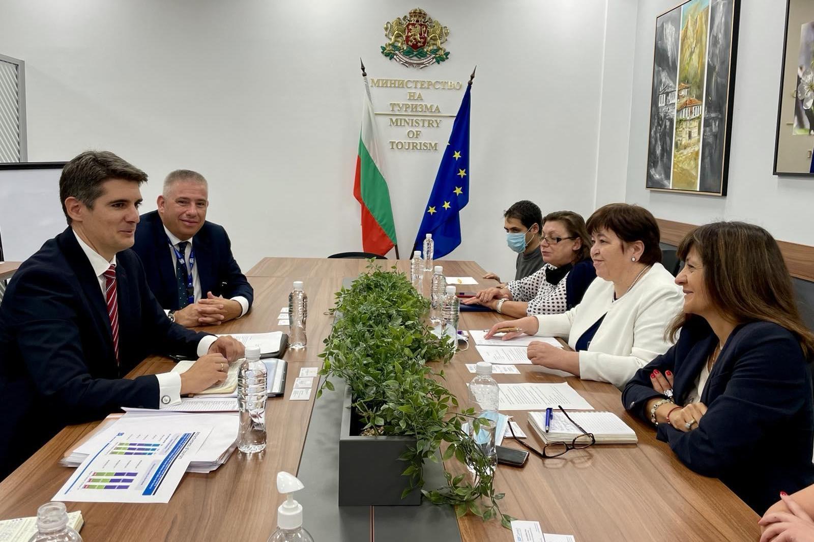 Летище София с нови линии и сайт, ще популязирира Българи като дестинация