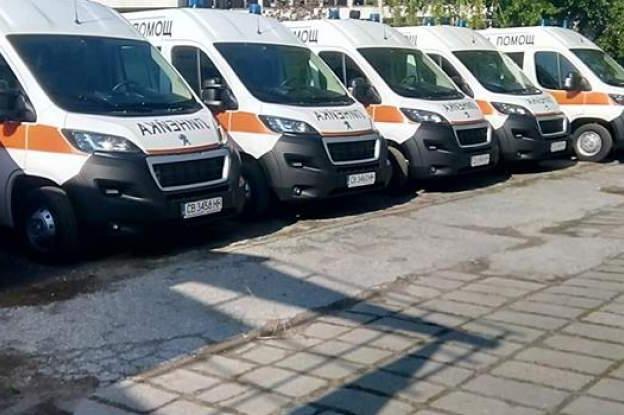 Министър Кацаров ще предаде 18 нови оборудвани линейки на 11 медицински цен