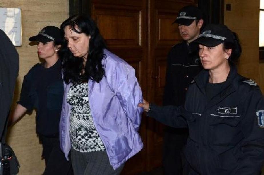 Акушерката, пребила жестоко бебе, поиска по-лека присъда от съда