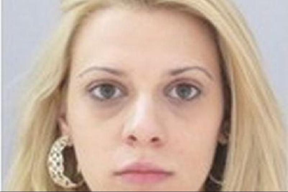 Полицията издирва 33-годишна жена в неизвестност от 13 октомври